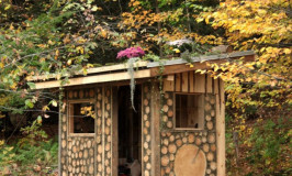 Yeoman Design Build teaching cordwood & cob building workshop at Katywil Farm Community