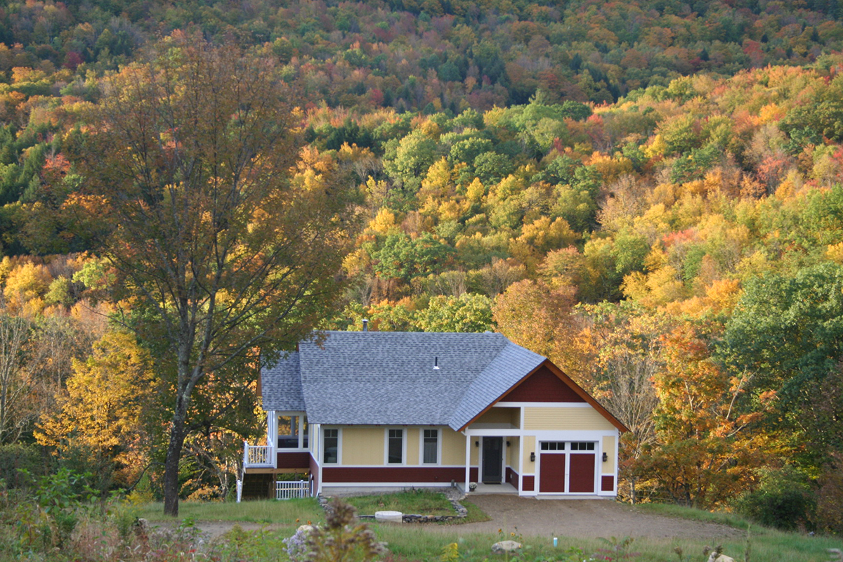 Stowe Farm Community, fall foliag walk, talk, potluck, bonfire